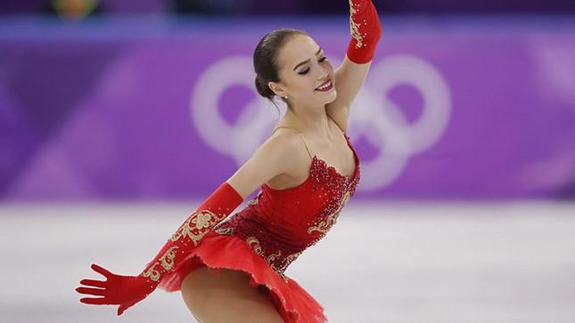 'Thiên thần' trượt băng được ông Putin chúc mừng sinh nhật ảnh 10