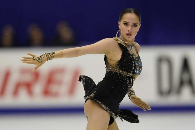 'Thiên thần' trượt băng được ông Putin chúc mừng sinh nhật ảnh 7