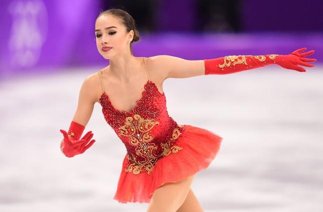 'Thiên thần' trượt băng được ông Putin chúc mừng sinh nhật ảnh 9