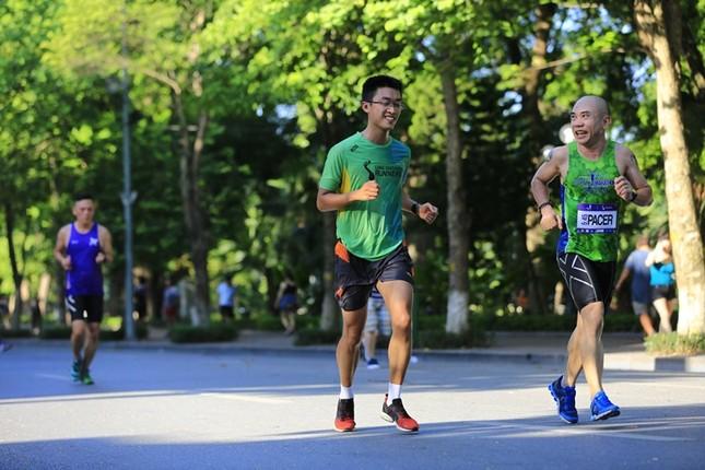 Các chân chạy Hà thành rầm rộ tổng duyệt cho Tiền Phong Marathon 2020 ảnh 13