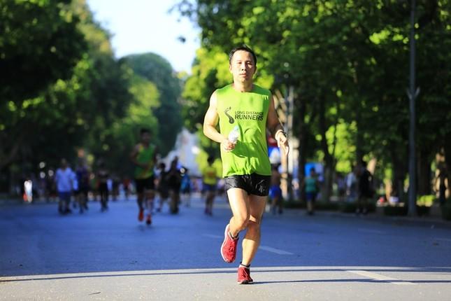 Các chân chạy Hà thành rầm rộ tổng duyệt cho Tiền Phong Marathon 2020 ảnh 5