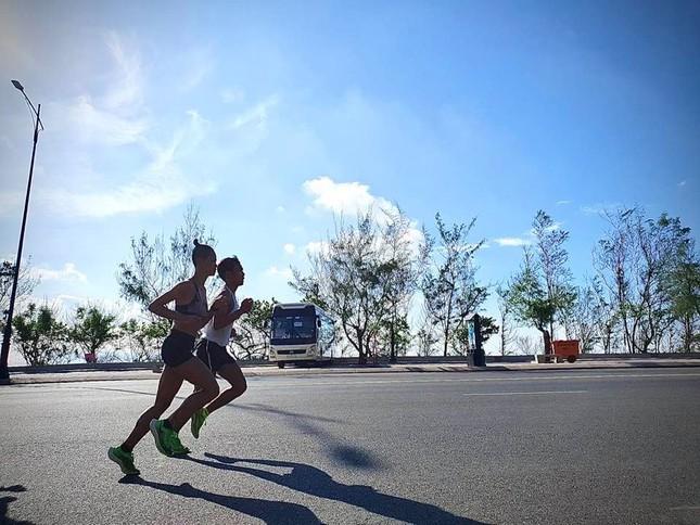 Tiền Phong Marathon 2020: 'Kenya' Chi Nguyễn trở lại đường đua ảnh 1