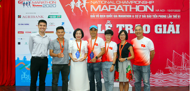 Trao giải Tiền Phong Marathon 2020 ảnh 16