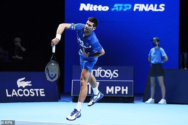 Djokovic, Medvedev thắng nhanh trận ra quân tại ATP Finals ảnh 1