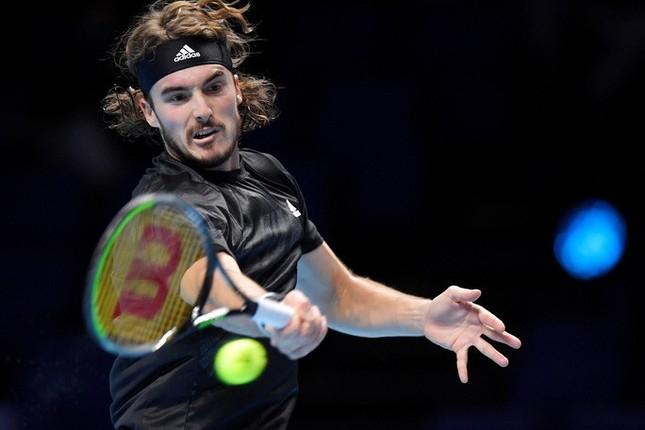 Nadal nghẹt thở giành vé bán kết ATP Finals ảnh 1