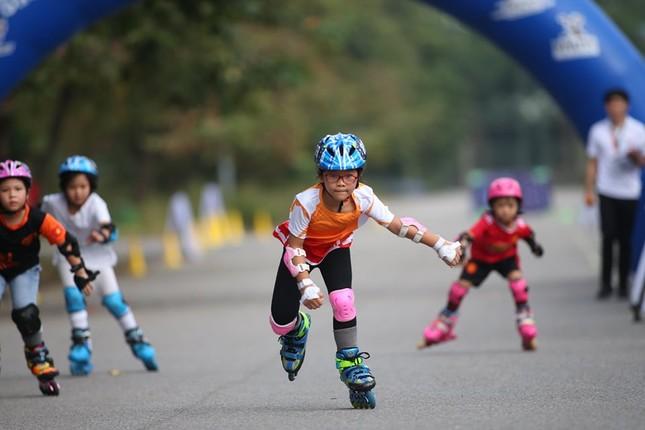 Bé 5 tuổi trượt patin ở Mỹ Đình để chọn tuyển thủ quốc gia ảnh 5