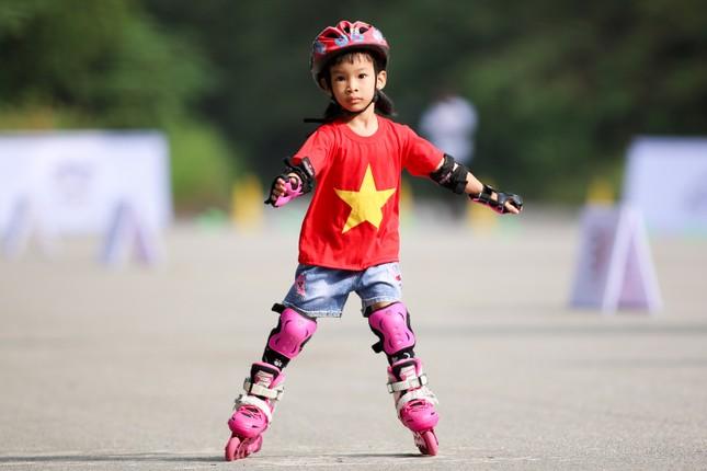 Bé 5 tuổi trượt patin ở Mỹ Đình để chọn tuyển thủ quốc gia ảnh 20