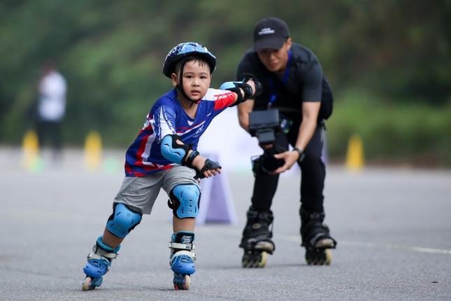 Bé 5 tuổi trượt patin ở Mỹ Đình để chọn tuyển thủ quốc gia ảnh 8