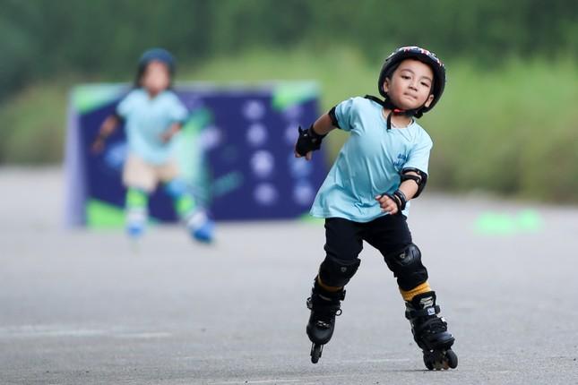 Bé 5 tuổi trượt patin ở Mỹ Đình để chọn tuyển thủ quốc gia ảnh 9