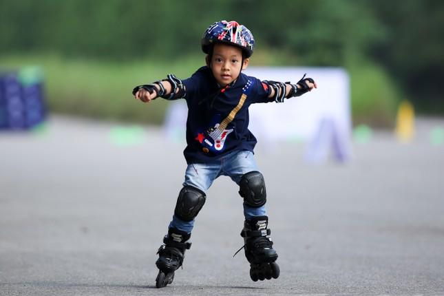 Bé 5 tuổi trượt patin ở Mỹ Đình để chọn tuyển thủ quốc gia ảnh 11