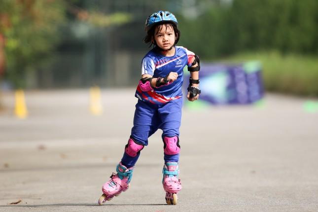 Bé 5 tuổi trượt patin ở Mỹ Đình để chọn tuyển thủ quốc gia ảnh 14