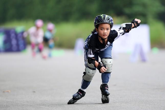 Bé 5 tuổi trượt patin ở Mỹ Đình để chọn tuyển thủ quốc gia ảnh 16