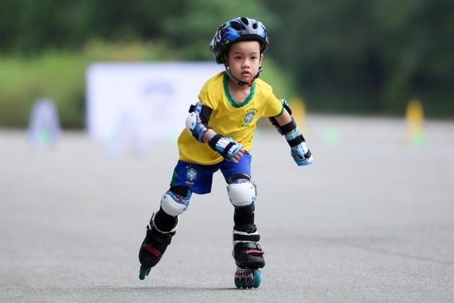 Bé 5 tuổi trượt patin ở Mỹ Đình để chọn tuyển thủ quốc gia ảnh 7