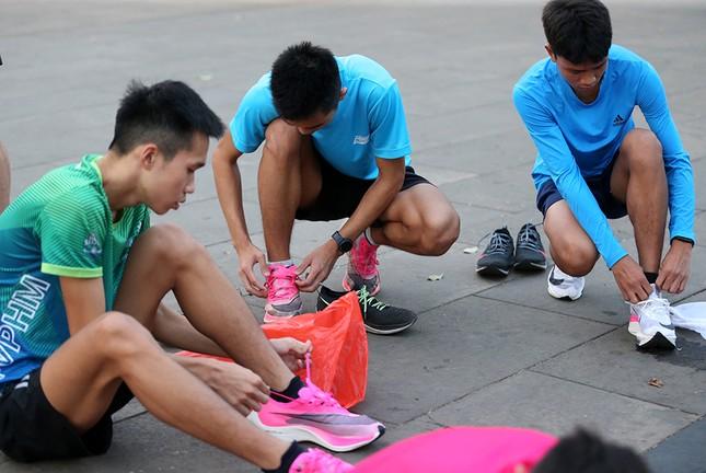 Đoàn Quân đội 'rèn quân' sẵn sàng tranh tài tại Tiền Phong Marathon 2021 ảnh 1
