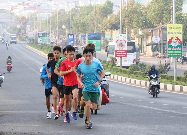 Đoàn Quân đội 'rèn quân' sẵn sàng tranh tài tại Tiền Phong Marathon 2021 ảnh 7