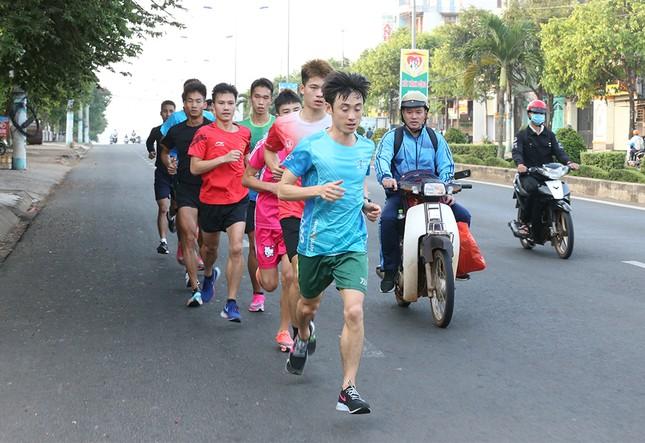 Đoàn Quân đội 'rèn quân' sẵn sàng tranh tài tại Tiền Phong Marathon 2021 ảnh 13