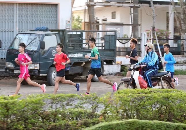 Đoàn Quân đội 'rèn quân' sẵn sàng tranh tài tại Tiền Phong Marathon 2021 ảnh 14
