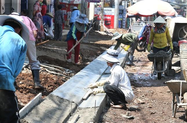Gia Lai làm mới mặt đường đón Tiền Phong Marathon 2021 ảnh 10