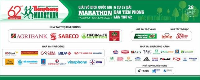 Người phá kỷ lục VĐV lớn tuổi nhất chạy 42km tại Tiền Phong Marathon ảnh 4