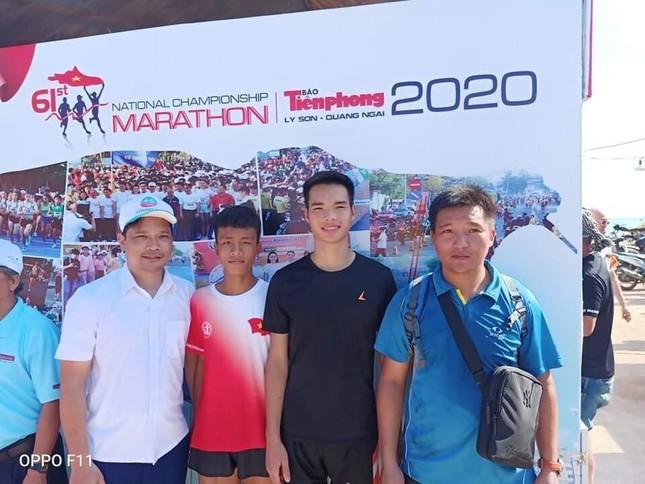 Đội tuyển 'một người' và chuyện VĐV người dân tộc Thái vượt 1.500 cây số tới giải ảnh 1