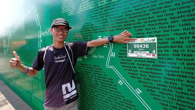 Tiền Phong Marathon 2021: Quảng trường Đại Đoàn Kết sôi động trước giờ G ảnh 12