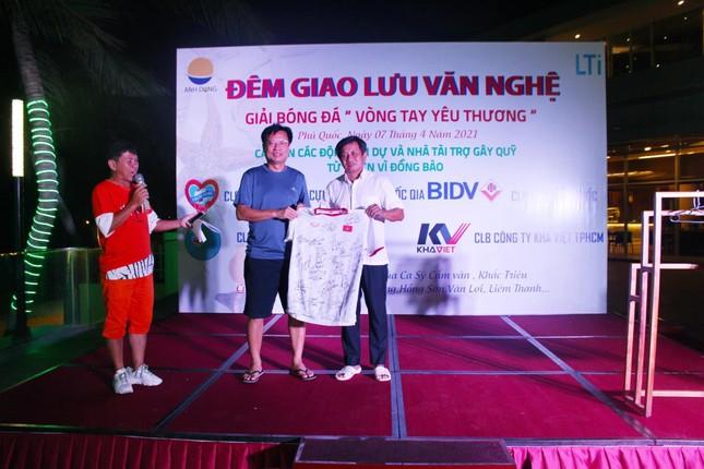 Ông Đoàn Ngọc Hải tổ chức giải bóng đá từ thiện tại Phú Quốc ảnh 1