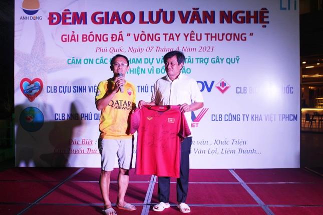 Ông Đoàn Ngọc Hải tổ chức giải bóng đá từ thiện tại Phú Quốc ảnh 2