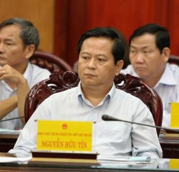 Vì sao cựu Phó chủ tịch UBND TPHCM Nguyễn Hữu Tín bị khởi tố? ảnh 1