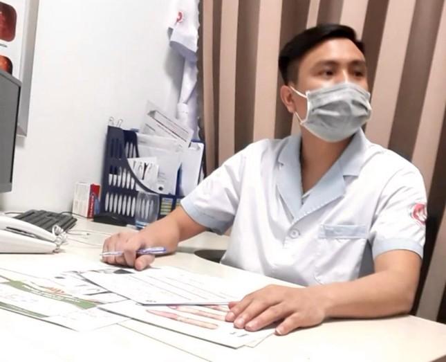 """Tận thấy """"bác sĩ"""" phòng khám 'đẻ' bệnh… moi tiền bệnh nhân ảnh 1"""