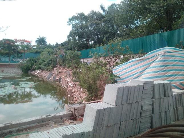 Chủ tịch Hà Nội yêu cầu xử lý công trình sai phạm trên hồ Đầm Trị ảnh 7