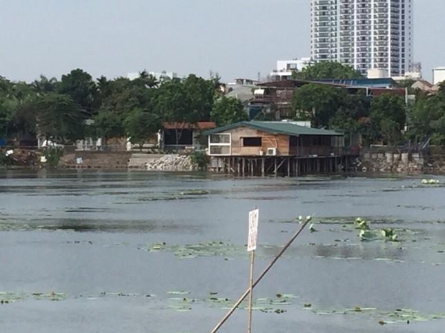 Chủ tịch Hà Nội yêu cầu xử lý công trình sai phạm trên hồ Đầm Trị ảnh 3