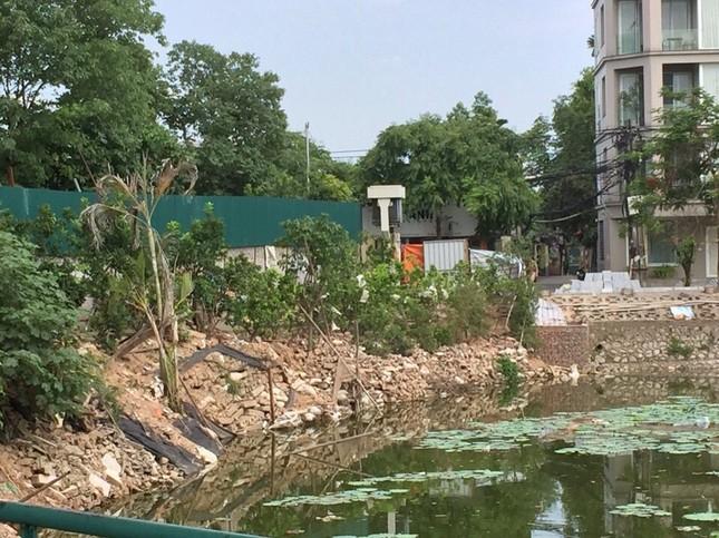 Chủ tịch Hà Nội yêu cầu xử lý công trình sai phạm trên hồ Đầm Trị ảnh 1