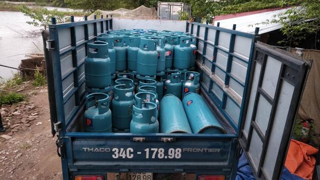 """Triệt phá trạm chiết gas lậu """"khủng"""" nằm giữa thành phố Hải Dương ảnh 5"""