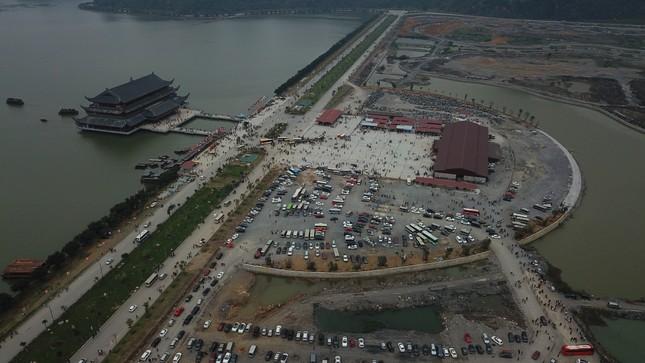Du khách nườm nượp về chùa Tam Chúc du xuân Canh tý 2020 ảnh 3