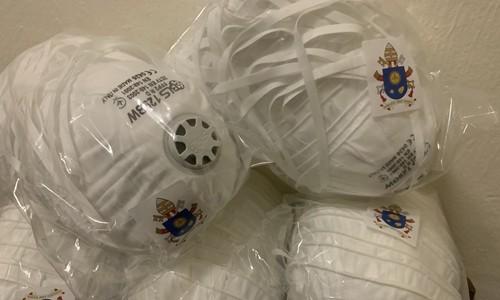 Giáo hoàng Francis tặng 600.000 khẩu trang y tế cho Trung Quốc ảnh 1