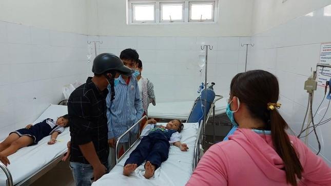 Ngộ độc khí, hơn 30 học sinh tiểu học nhập viện ảnh 1