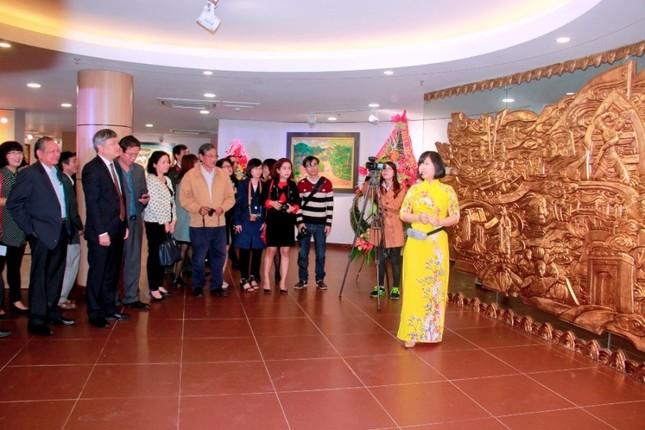 Xác định được đối tượng xuyên tạc lịch sử Việt Nam trong bảo tàng ảnh 1