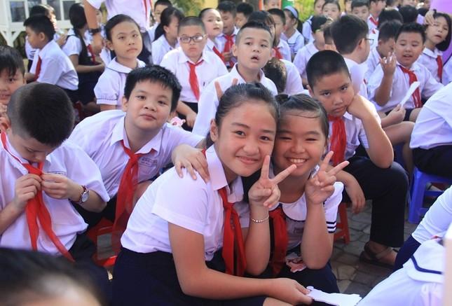 Phó Thủ tướng đánh trống khai giảng ở ngôi trường 128 tuổi ảnh 5