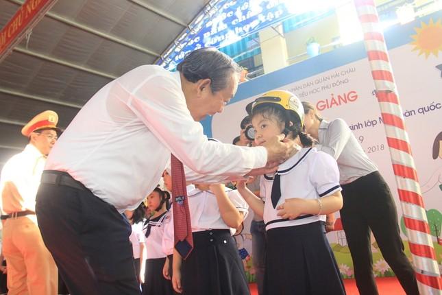 Phó Thủ tướng đánh trống khai giảng ở ngôi trường 128 tuổi ảnh 6