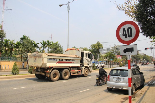 Đà Nẵng tạm ngừng lưu thông xe tải phục vụ thi THPT quốc gia ảnh 1