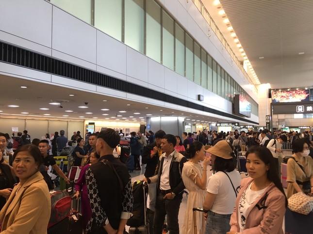 Ghi nhận Tiền Phong: Sau 2 ngày đổ bộ, bão Habigis không còn 'dấu tích' ở Tokyo ảnh 5
