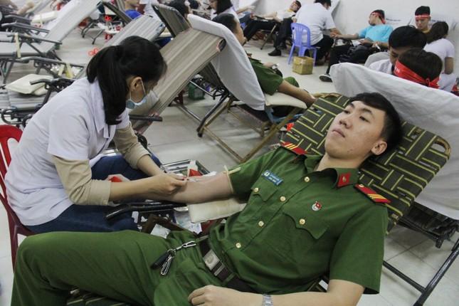 Đà Nẵng: Gần 1000 người nô nức tham gia ngày hội Chủ nhật Đỏ ảnh 2