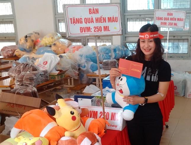 Đà Nẵng: Gần 1000 người nô nức tham gia ngày hội Chủ nhật Đỏ ảnh 14