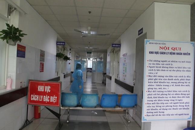 Đã có kết quả xét nghiệm 40 người tiếp xúc gần 2 bệnh nhân nhiễm Covid-19 ảnh 1