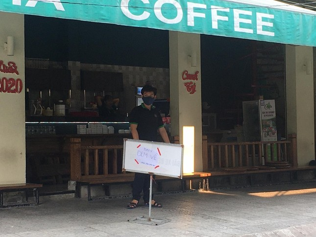 Hàng quán Đà Nẵng đồng loạt chuyển sang 'phục vụ mang về' ảnh 6