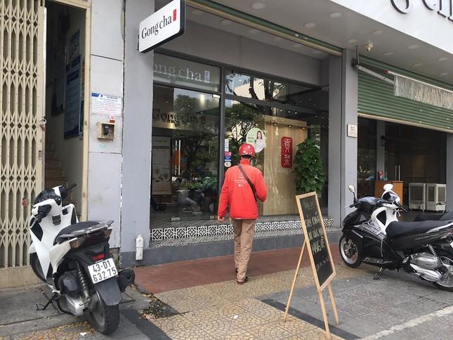Hàng quán Đà Nẵng đồng loạt chuyển sang 'phục vụ mang về' ảnh 4