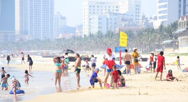 """Đà Nẵng làm """"cơn mưa khuyến mãi"""" đến hết năm hút khách du lịch ảnh 2"""