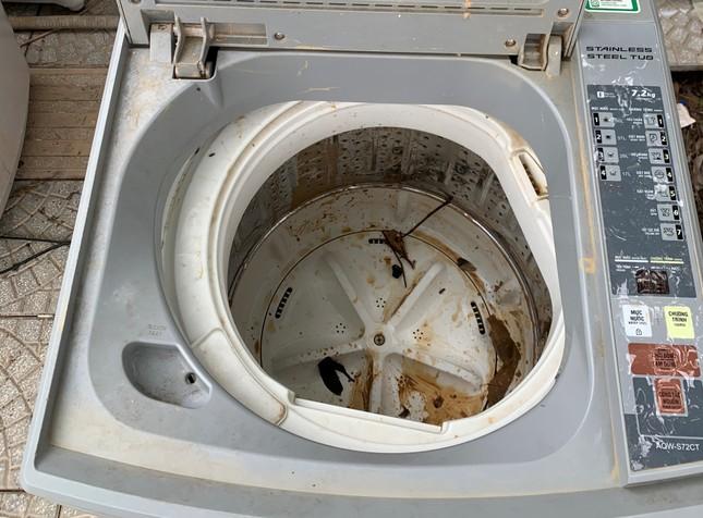 Máy giặt, tủ lạnh bị lũ ngâm, bà con để tui sấy sửa miễn phí cho ảnh 4