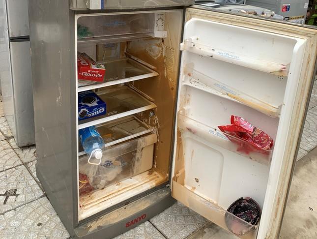 Máy giặt, tủ lạnh bị lũ ngâm, bà con để tui sấy sửa miễn phí cho ảnh 3