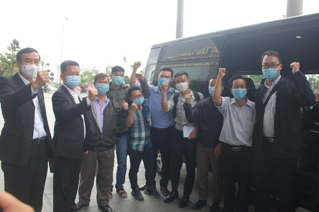 Đoàn y tế Đà Nẵng lên đường hỗ trợ Gia Lai chống dịch ảnh 1